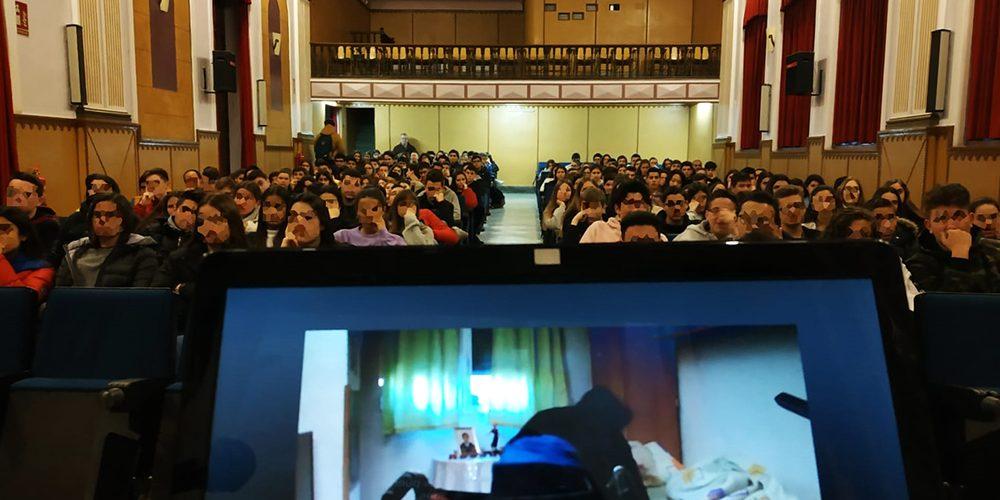 FAMDIF llega a los más de 2.000 alumnos del Colegio Maristas-Murcia ...